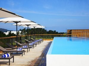 zwembad hotel dak