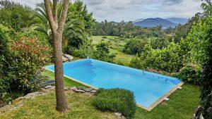 zwembad bergen heuvel hotel